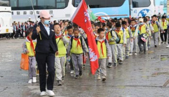 劳动实践教育||研学旅行鸣翠湖一直在路上!